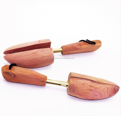 Adjustable Cedar Shoe Tree / Shoetree with String Handle - ST10C