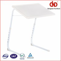 2016 Wholesale plastic folding laptop table