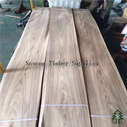 Crown Cut American Natural Black Walnut Veneer for furniture and decoration and Flooring