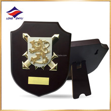 Dubai UAE Decorative Metal Plaque with Blank Wooden Base Award Trophy Custom Engraving Plate