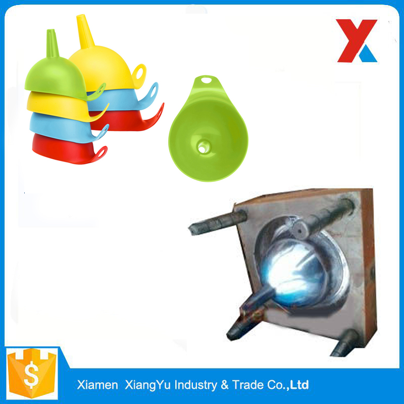 Bright in Colour Safe Hanging Plastic Funnel Injection Mould