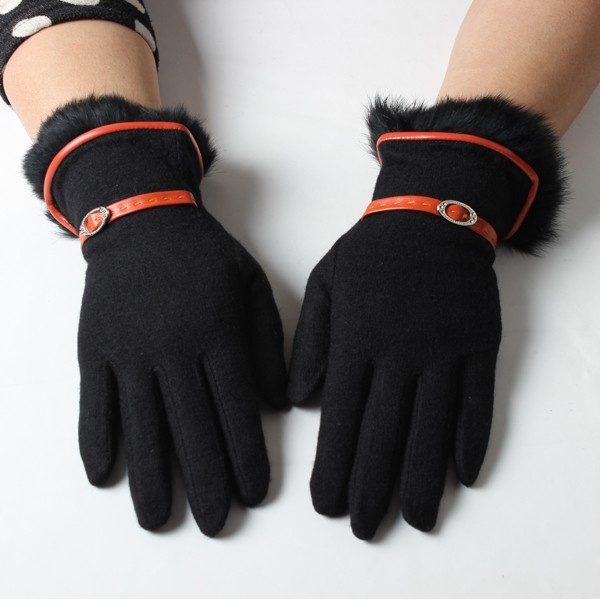 Best selling fur trimmed black plain fleece fashion lady winter gloves suppliers