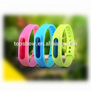 Natural Essence Citronella Oil Mosquito Insect Repellent Wristband Silicone Bracelet for Kids and Outdoor