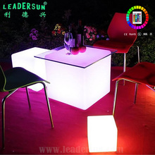 Illuminated 16color glow rechargeable Led event party Bar Furniture Plastic led cube rgb 50x50x50 Led Cube Chair