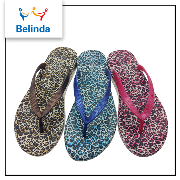 Alibaba new arrival fashion 2017 summer ladies chappal for wholesale