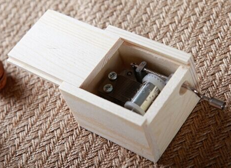 Plain wholesale simple classic wooden music box