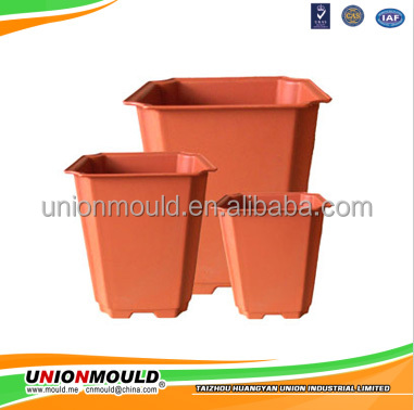 Custom plastic cute dog house mould maker