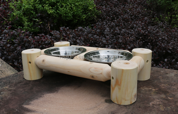 Outdoor Elevated Wooden Pet Feeder For Dog
