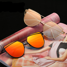 2018 Wholesale Retro Cat Eye Sun Glasses Women Vintage Fashion Mirror Sunglasses