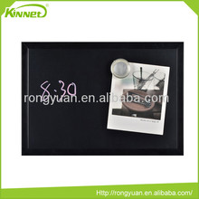 Non-toxic magnetic wooden frame paint for blackboard chalk