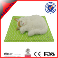 green color nylon food grade gel cool mat folding summer sleeping ice mat for pets