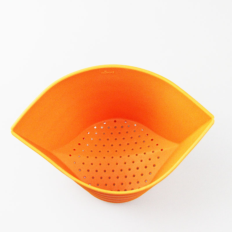 Factory price food grade orange kitchen storage baskets collapsible silicone empty fruit basket