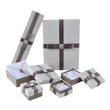 china wholesale customized Cheap jewelry paper packaging box.