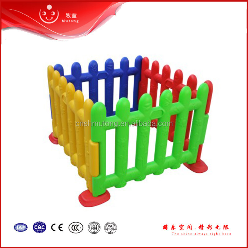 Hot Sale kids plastic play fence,water spiral slides