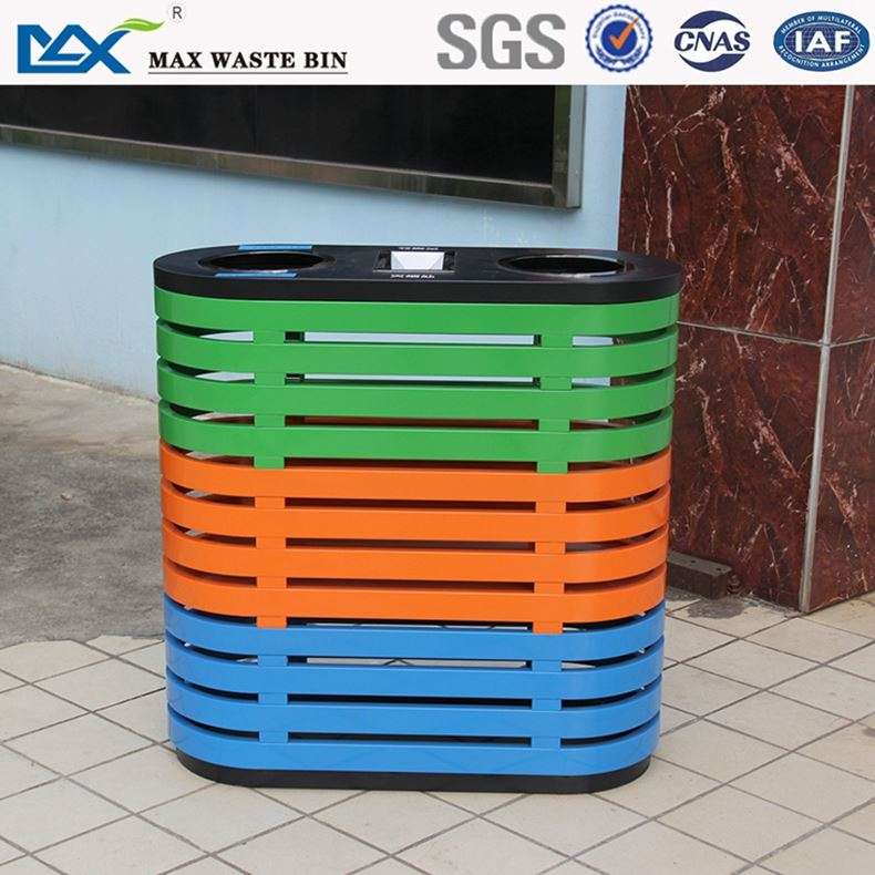 hanging waste bin with scrape ,240l plastic waste bins with ce