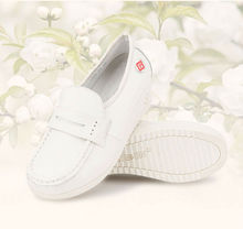 Comfortable Women's Casual Flat Shoes White Leather Round Toe Flats