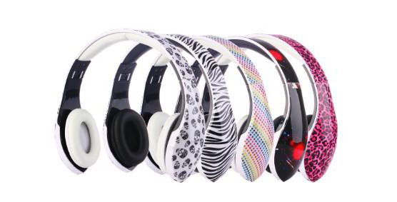 Over Ear Stereo Headphones Lightweight Foldable Adjustable Headband Wired DJ Headsets with Microphone 3.5mm for Computer/iPhone