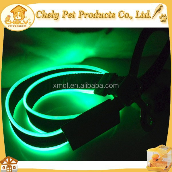 Hands Free Nylon Dog Leash With Waterproof Flashing LED Rechargeable Dog Leash LED Flashing Mode Pet Collars & Leashes