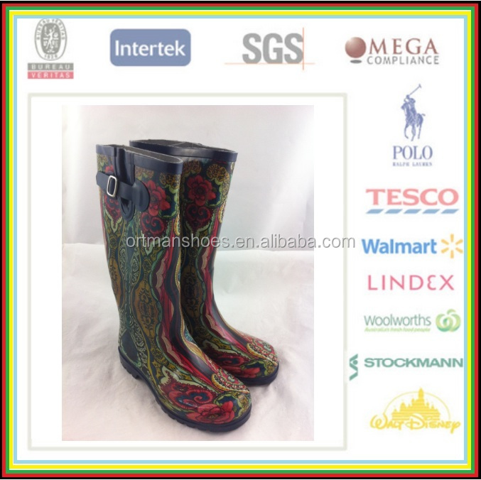 Unisex Gender and Rubber Outsole Material garden rubber boots