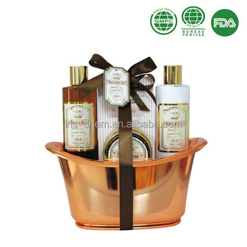 4 pcs bath and body gift set in bath tub