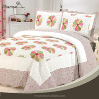 Wholesale handmade cotton floral patchwork quilt