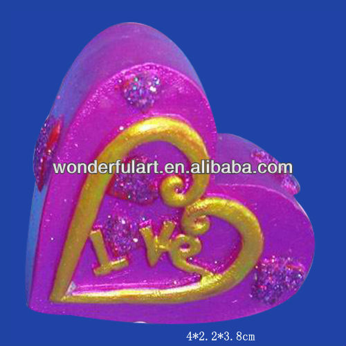 valentine gift pink polyresin heart for lover