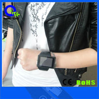 factory hot sell quadband android watch mobile phone