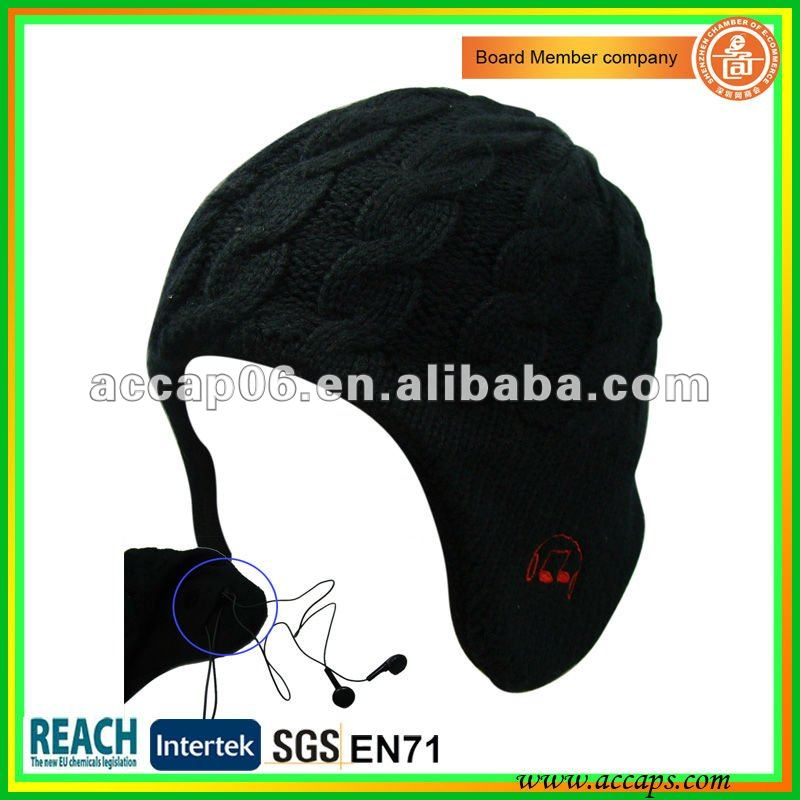Knitted beanie hat with headphones BN-0014