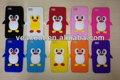 3D Penguin Silicone Back Cover Case for BlackBerry Z10 BB10