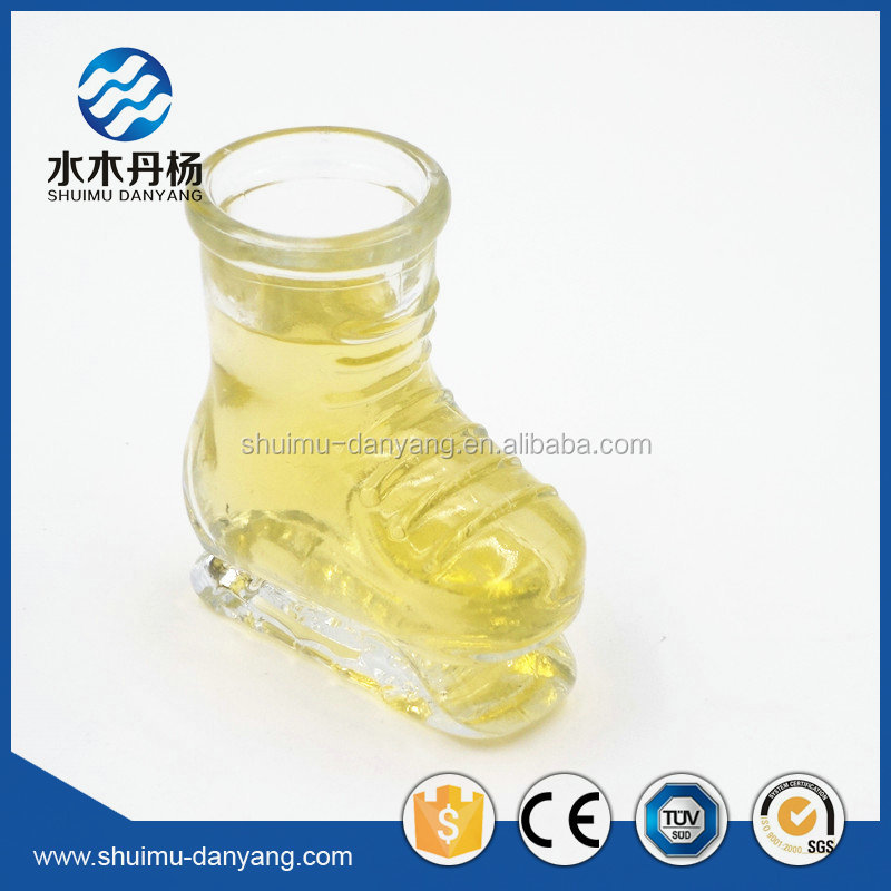 Decorative 50ml shoes shaped clear glass drinking bootles for wine