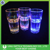 Liquid Activated Flashing Whisky LED Illuminated Glass, Colorful Light Up LED Illuminated Glass With 2 Liquid Sensors Inside