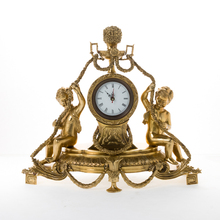 Wholesale Factory Decorative European Antique Crafts Table Bronze Clock , Luxury Brass Figurine Desk Clock For Home