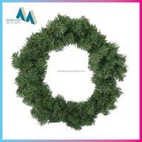 Indoor/outdoor artificial christmas wreaths undecorated