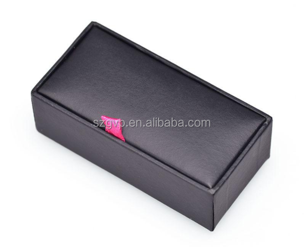 Delicate and personalized navy blue watch case box