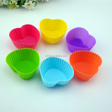 12pcs/set customized color heart shaped silicone rubber cupcakes with FDA standard