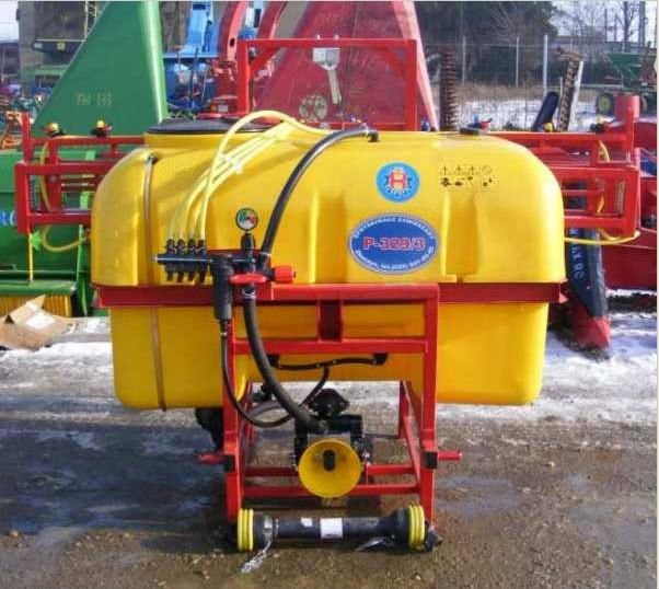 800L agriculture pump sprayer