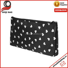 Ladies White Heart Shape Pattern Zip Up Black Cosmetic Pouch Bag Case