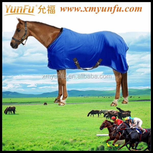 Micro Horse Fleece Cooler/Blanket Liner With Leg Straps