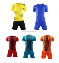 2018 New Training Football Uniform Factory Sell Directly Soccer Jersey