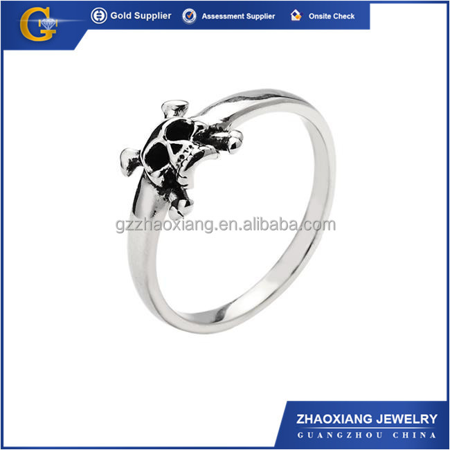 RR0076 Exquisite fashion design 316l stainless steel jewelry men's skull ring