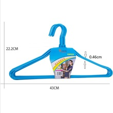 China Hot Sales household coat hangers PE Plastic Coated Metal Wire Clothes Hanger