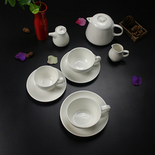 Factory supply fine porcelain of dinner set learnt from czech republic