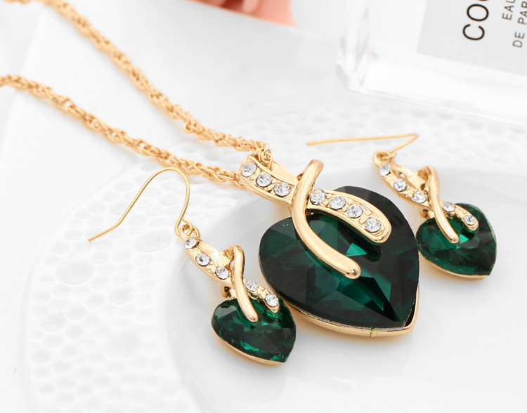 Fashion Gold Plating Metal High Quality Crystal Jewelry Neckjlace Earring Set for Women Wholesales