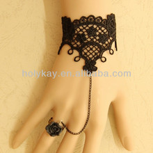 2014 new fashion design bracelet connect ring from china supplier, elegant black wrist weaving connect black rose ring jewelry