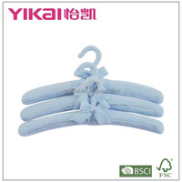 Set of 3pcs soft fuzz fabric padded clothes hanger