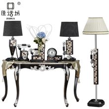 luxury high-end European-style living room furniture of the new home kit on fashion ornaments decorated stalls