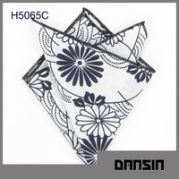 Fashion Designl High Quality Cotton Embroidery Handkerchief