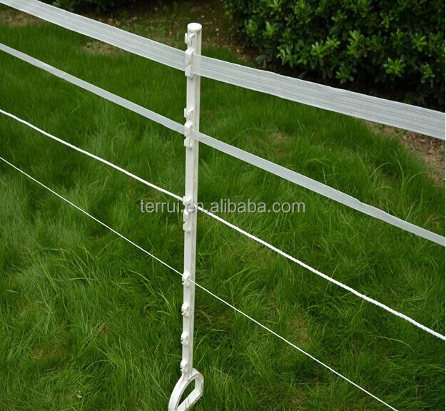 Durable plastic tread-in stake for electric fence
