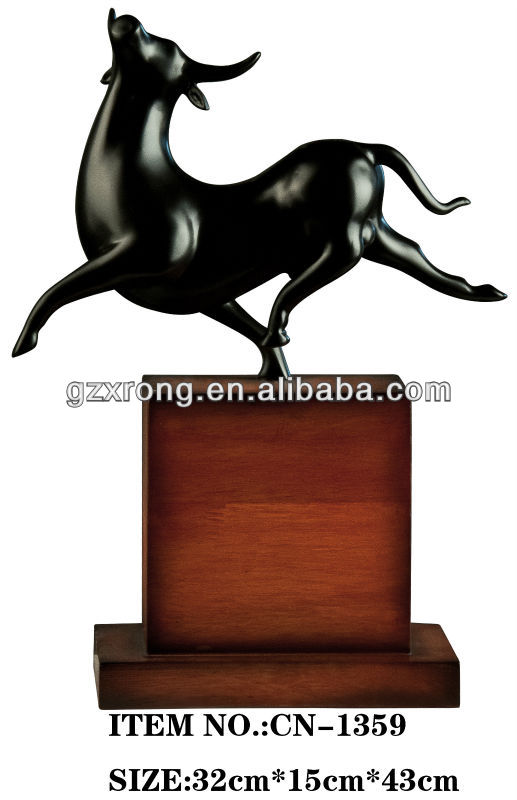 hoem decoration polyresin bull figurine animal figurines real looking