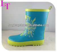 2013 New style Child beautiful rubber rain boot